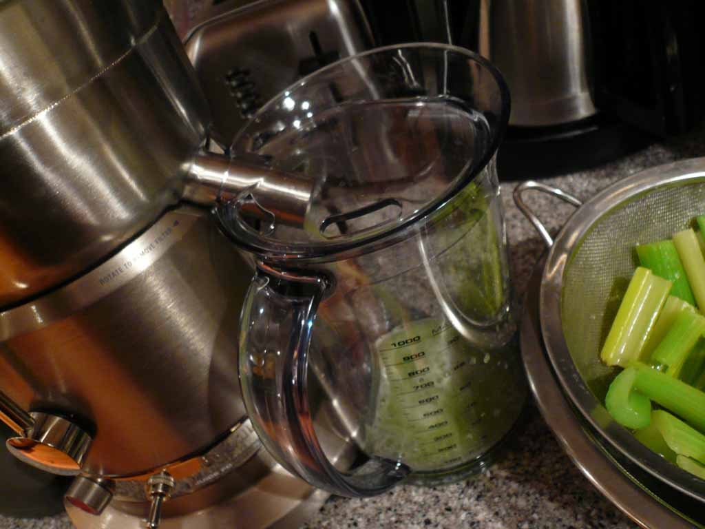 how to keep cut up celery fresh