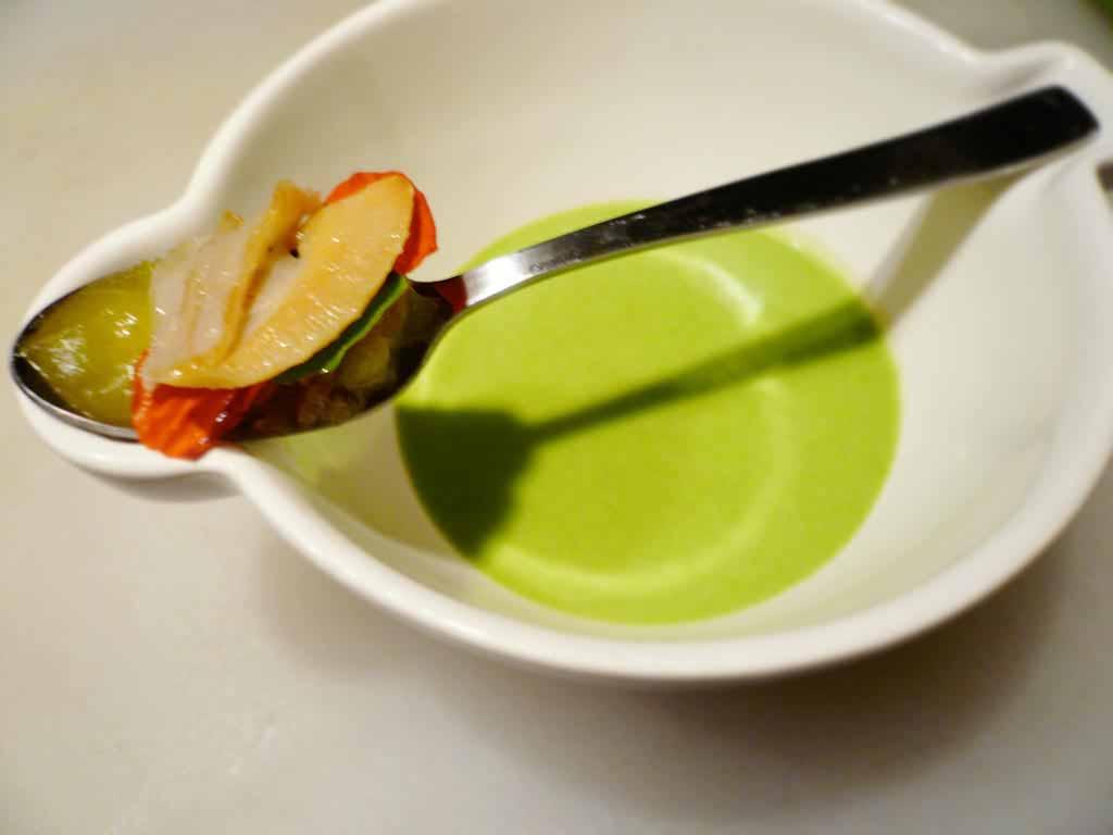 SURF CLAM, Nasturtium Leaf and Flower, Shallot Marmalade - Alineaphile