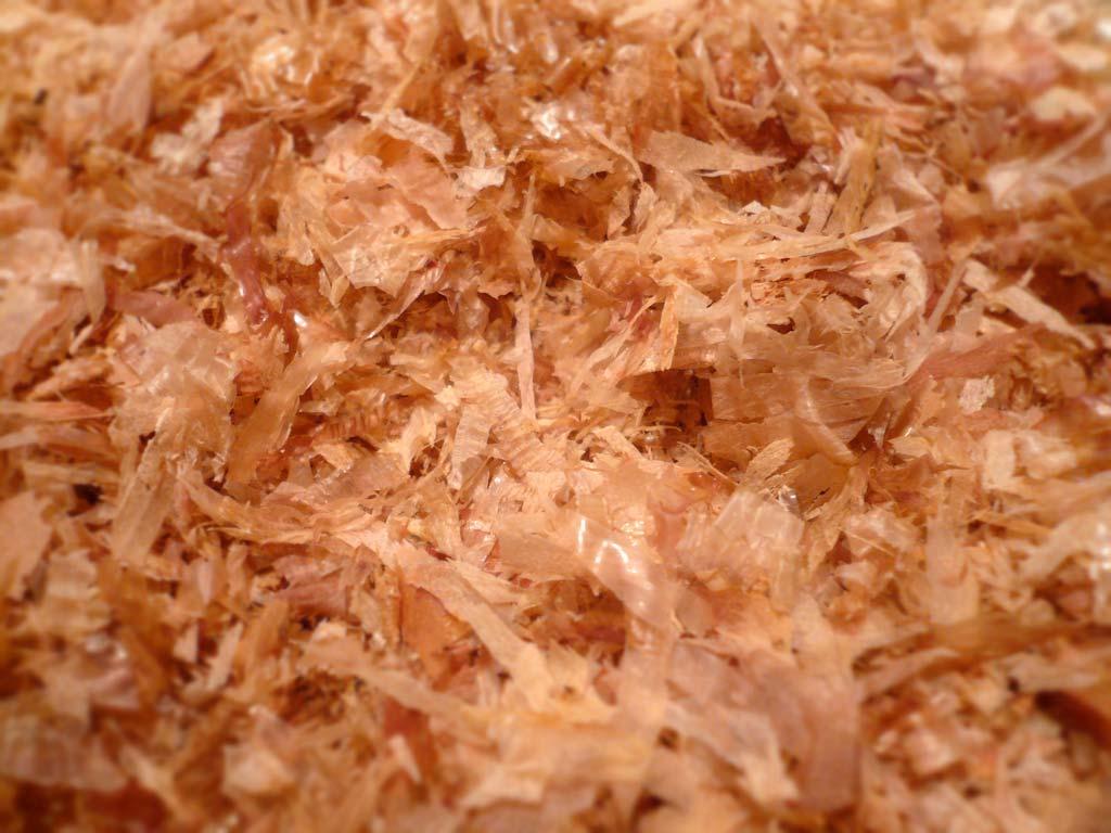 Dried bonito flakes