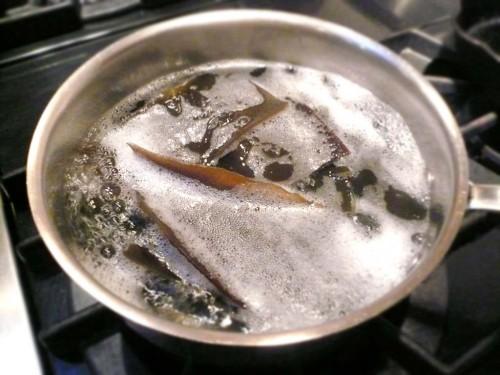 Simmer the kombu seaweed